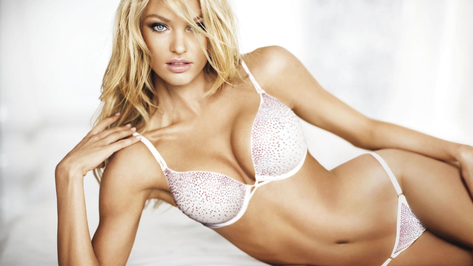 La Mujer Más Sexy Del Mundo 2014