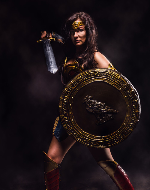 wonder-woman-cosplay-03