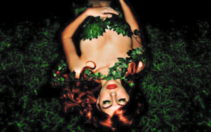 poison-ivy-cosplay-01