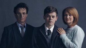 Harry, Albus y Ginny, interpretados por Jamie Parker, Sam Clemmett y Poppy Mille
